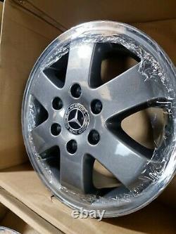 Genuine OEM Mercedes Sprinter 16 Alloy Wheels Anthracite Grey 6x130 A0014014002