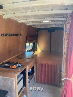 Conversion Mercedes Sprinter Camper Van