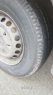 Mercedes Benz Luton Van Sprinter 313 Pièces De Rechange / Réparations A Besoin D'un Nouveau Moteur