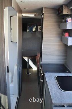 Mercedes Sprinter 316 Automatique Camper Van Conversion Professionnelle