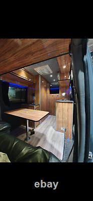 Mercedes Sprinter Camping-car / Fourgon De Course